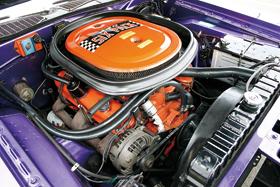 70challenger-engine.jpg